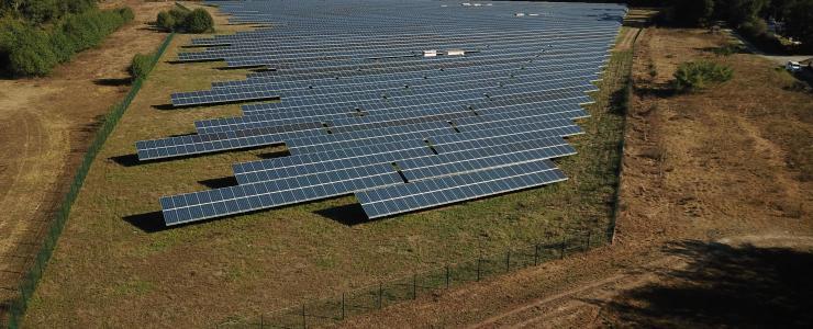 Parc photovoltaïque en activité dans le Gers